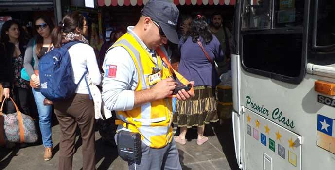 Fiscalizan buses interurbanos por fin de semana largo