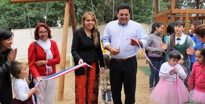 Habilitan espacios publicos infantiles en posta rural de Marchigue