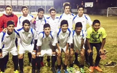 Entregan equipamiento a selecciones de futbol amateur de Machali
