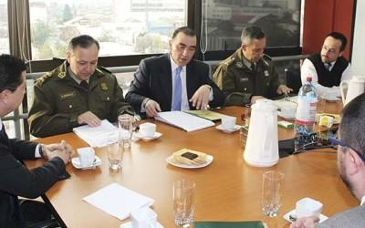 Carabineros Fiscalia reunidos trabajo conjunto