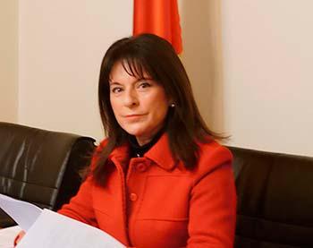 Cecilia Villalobos presedenta comision