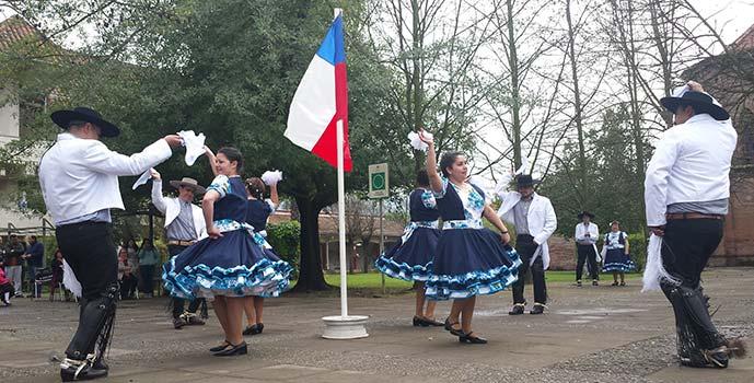 Hospital San Fernando Chimbarongo festejan la Patria