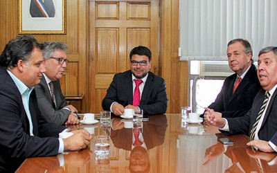 Alcaldes san fernando rengo rancagua reunion universidad regional