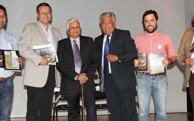 Destacados escritores mostazalinos presentan libro financiado por el municipio