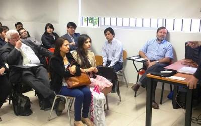 Medicos exponen en Jornada de Capacitacion en Hospital San Fernando