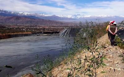Sernageomin control ambiental de los drenajes acidos en la mineria
