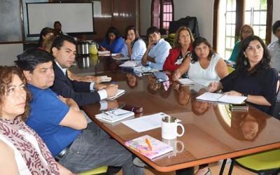 Minvu compromete continuidad de mejoras en condominios Costa del Sol y Baltazar Castro