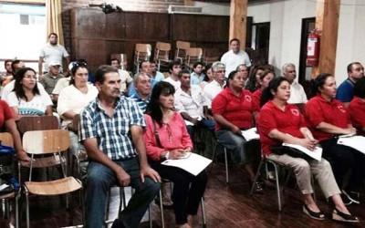 Organizaciones de San Vicente participan en capacitacion sobre concurso de donaciones deportivas