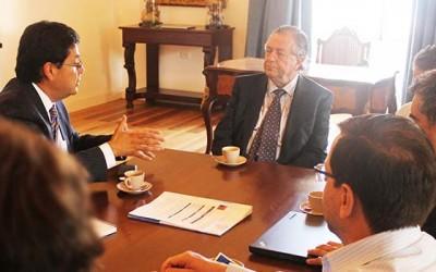 Sence y rector Correa acuerdan trabajo conjunto para implementación de MasCapaz