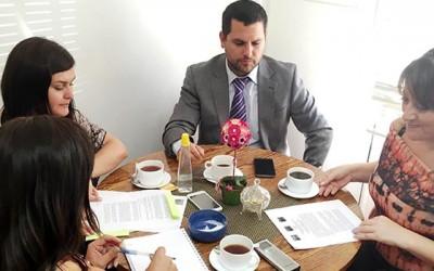 Convenio de Senama OHiggins permite atencion juridica gratuita a adultos mayores de la region