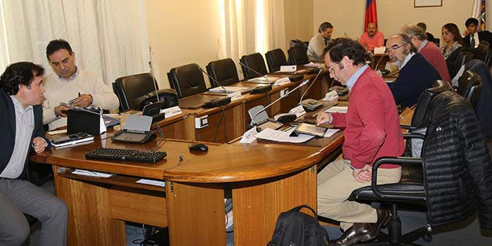 Comisión del Core recibe exposición del MOP de la cartera de obras de ciclovías