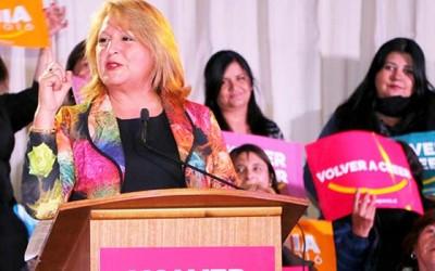 Sonia Pavez proclama su candidatura a alcaldesa por San Fernando