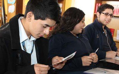 Clases de conducción vial para alumnos del liceo de Machalí