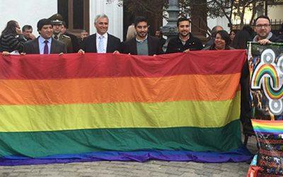 Injuv O'Higgins conmemora día internacional contra la homofobia