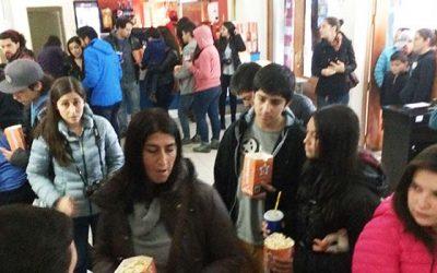 Injuv OHiggins entrega función gratuita de cine a jóvenes trabajadores de San Fernando