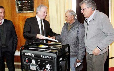 Municipio de Rancagua y CGE donan generadores a pacientes electrodependientes