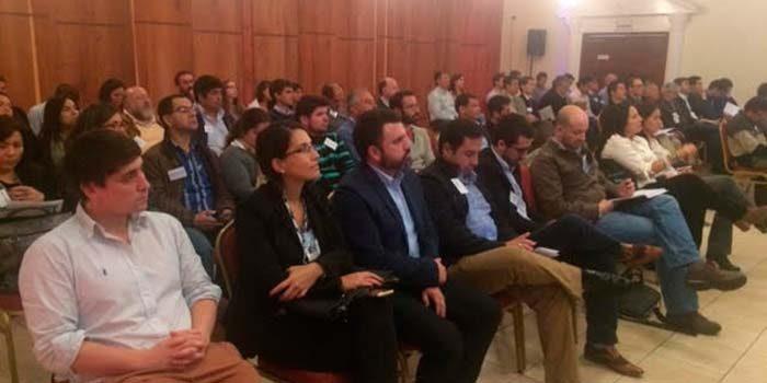 Con excelente convocatoria se realiza seminario de eficiencia energética
