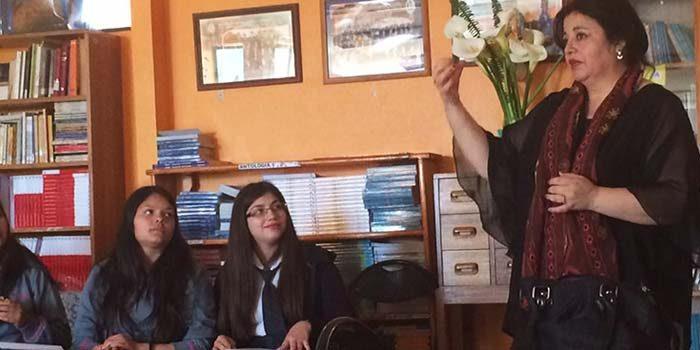 Injuv OHiggins realiza taller de lengua de señas en colegio de Quinta de Tilcoco