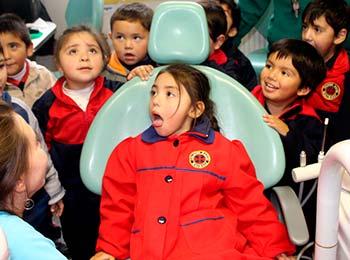 Prescolares disfrutan en el tour Tu eres parte de mi historia de Salud Machalí