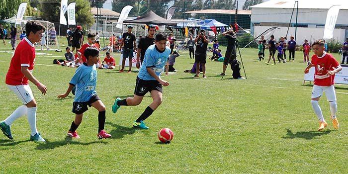 Tres barrios representan a la Sexta Región en final nacional de Fútbol Más