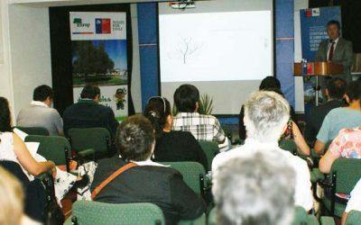 Conaf realiza Seminario de Importancia y Cuidado del arbolado urbano en Rancagua