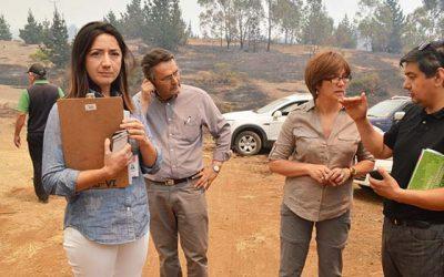 Gobierno ya coordina soluciones habitacionales para damnificados de incendio en Navidad