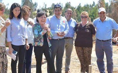 Inicio de obras de reposición de viviendas para familias damnificadas por los incendios forestales