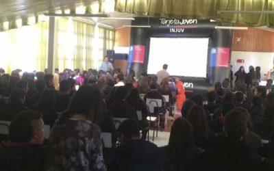 400 jóvenes de Doñihue disfrutan del cine itinerante del Injuv OHiggins