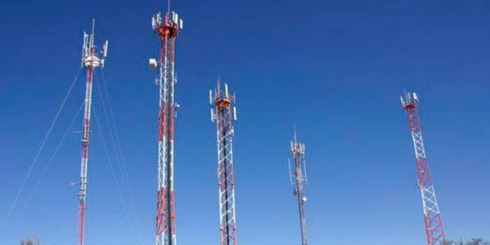 Antenas celulares Es necesario seguir trabajando para llenar los vacíos que dejó la norma original