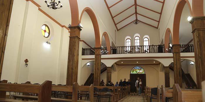 Autoridades entregan a la comunidad monumento nacional Iglesia Natividad de María en Lolol