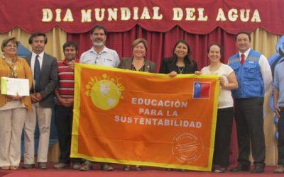 Colegio Gultro recibie Certificación Ambiental en el día mundial del agua