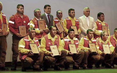 Conaf realiza ceremonia de reconocimiento a brigadistas forestales en Rancagua