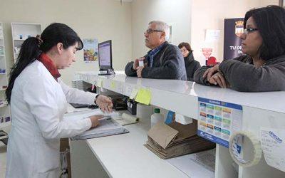 Concejo municipal Rengo conoce funcionamiento actual de farmacia popular