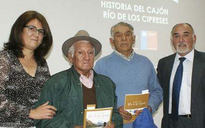 La Conaf lanza libro Historia del Cajón Río de los Cipreses