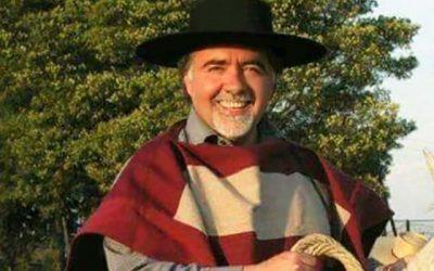 Polémica causa propuesta de Carlos Arellano de prohibir del rodeo