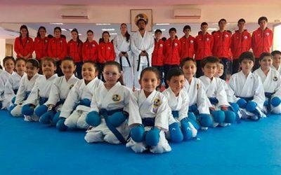 Proyecto 2 por ciento permite que club deportivo de karate viaje a competencia internacional