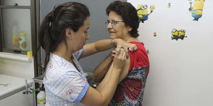 Rengo da inicio a campaña de vacunación contra la influenza 2017