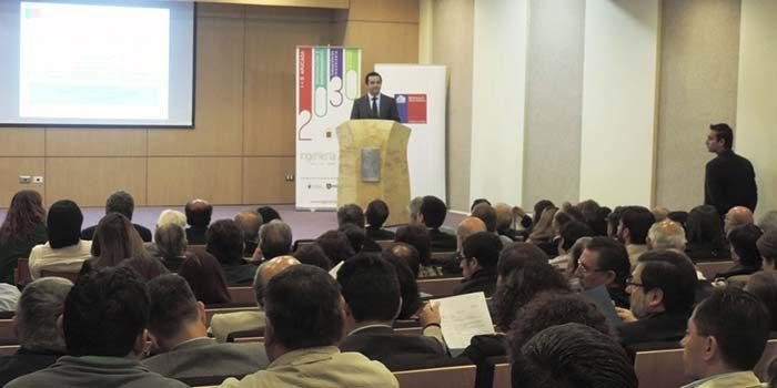 CChC zona centro participa en talleres en encuentro de infraestructura Chile 30-30