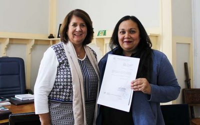 Gobernadora de Cachapoal entrega pensiones de gracia que beneficiarán a niños con problemas de salud