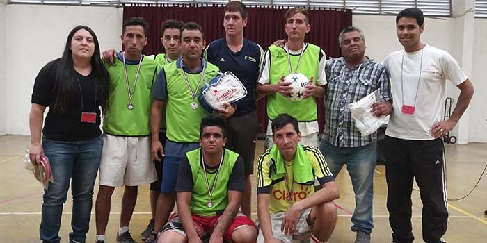 Internos de la cárcel de Rancagua reciben estímulo deportivo