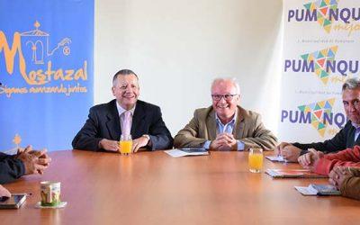 Mostazal entrega 50 millones de pesos a municipio de Pumanque y 40 millones a Marchigue