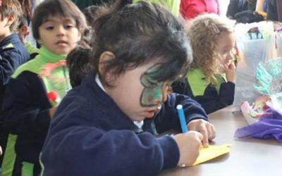 Niños celebran el día del libro con estudiantes de Pedagogía de la Universidad de OHiggins