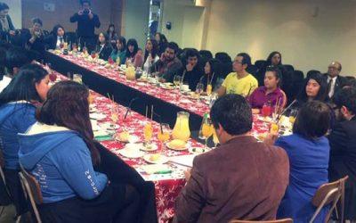 Subdirectora nacional del Injuv conversa con estudiantes sobre la Encuesta Nacional de la Juventud