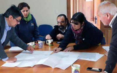 Minvu y municipio de Pumanque intensifican reconstrucción post incendios