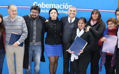 Organizaciones sociales de Colchagua reciben cheque del Fondo Social Presidente de la República
