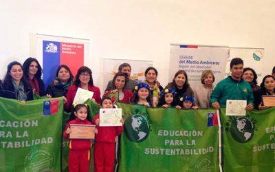 Escuelas de Colchagua y Cardenal Caro se certifican ambientalmente