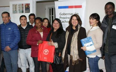 Gobernación de Cachapoal imparte clases de español a inmigrantes haitianos