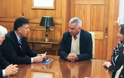 Superintendente de la SEC visita la región y compromete trabajo