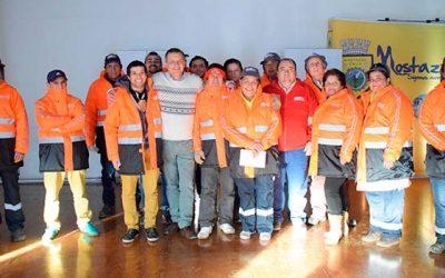 En Mostazal trabajadores del aseo reciben bono de incentivo