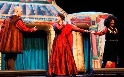 Lenguaje de señas y las obras Shakespeare se unieron para que los niños disfrutaran en sus vacaciones